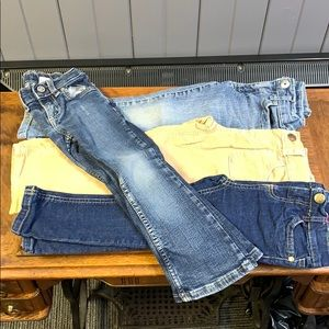 4 pair girls jeans/pants 4T great condition!